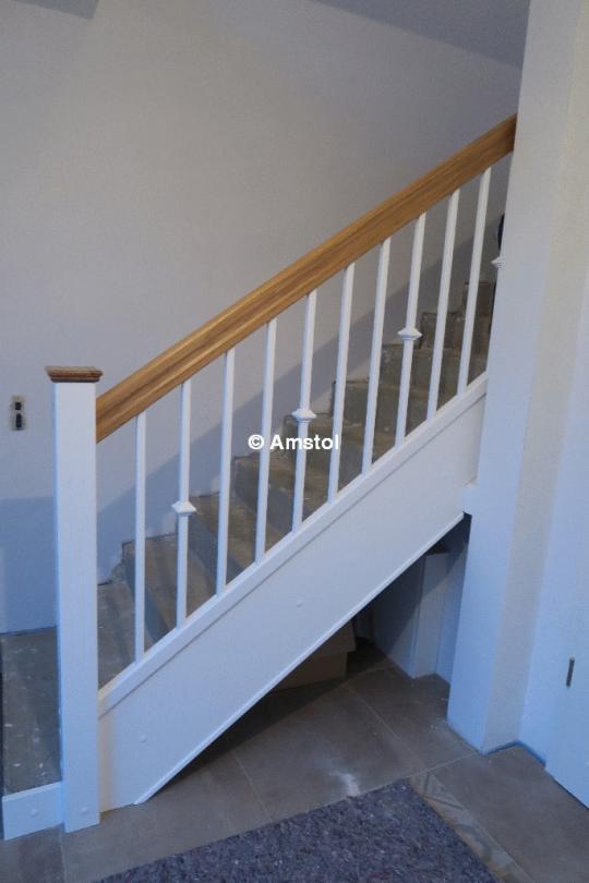 tischlerei amstol marek kozlowski angebot tischlerei die treppen aus massivholz treppen. Black Bedroom Furniture Sets. Home Design Ideas