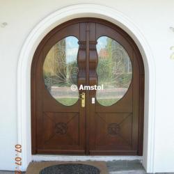 Traditionelle   Klassische Außentüren Aus Holz